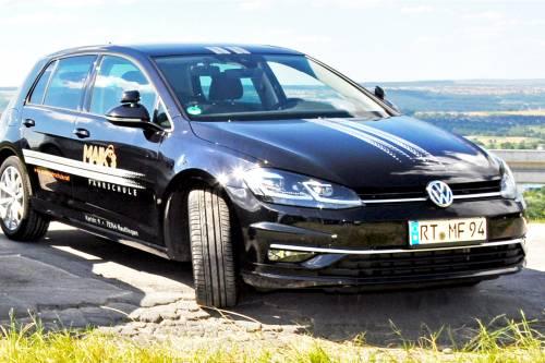 Maiks Fahrschule in Reutlingen fährt VW Golf GTD