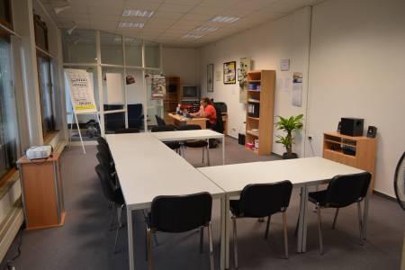 Die Fahrschule in Gomaringen ist mit allem ausgestattet, was das Lernen erleichtert